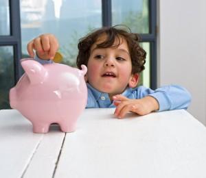 young children saving money